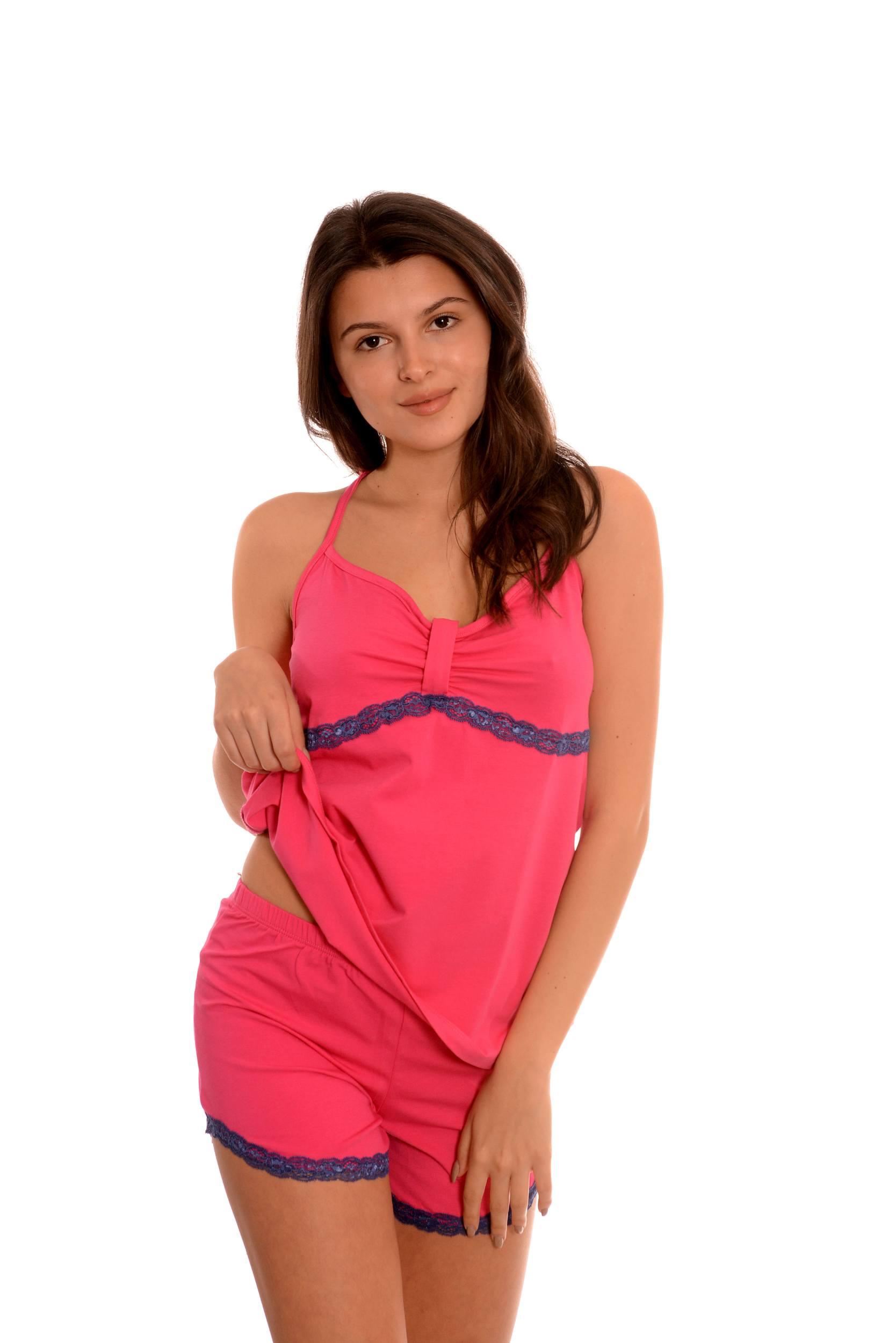 Дамска пижама от фин памук. Дизайнерски български модел.
