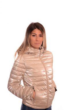 Тънко, пролетно яке