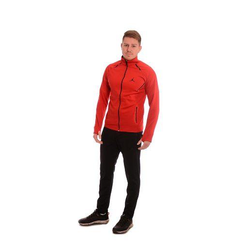 Мъжки анцуг от пролетен полиестер. Страхотен модел в червено.