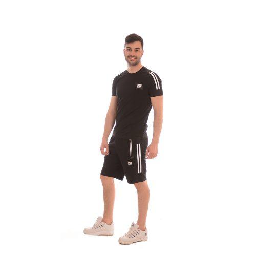 Комплект тениска и къси панталони в черно. Произведен в България!